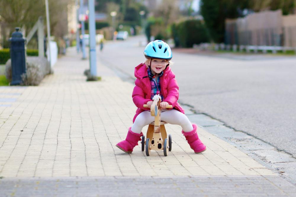 Enseñar A Los Chicos A Andar En Bici: Un Nuevo Método Para Enseñar A Los Pequeños Andar En