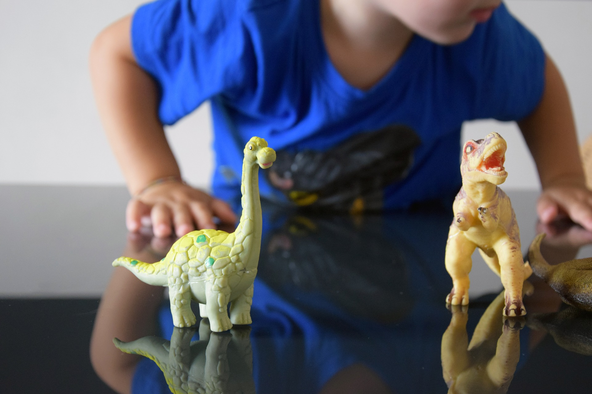 niños obsesionados con dinosaurios